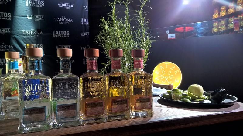 """Daniel Finkler, Global Marketing Manager Olmeca: """"Die Tahona Society stärkt die Bartender-Community und vernetzt diese weltweit miteinander. Es ist toll zu sehen, dass jedes Jahr neue Talente Teil der Tequila-Welt werden. Und wir helfen Ihnen dabei, diese Welt zu erkunden und zu verstehen."""" (Foto Hedi Grager)"""
