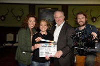 "Tatort ""Virus"": Adele Neuhauser, Barbara Eder (Regie), Harald Krassnitzer, Kameramann Andreas Thalhammer (Foto ORF/Hubert Mican)"