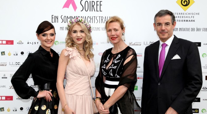 Designerin Eva Poleschinski, Charity Lady Christiane Baldauf, Pascale und Botschafter Pascal Teixeira (Foto Helmut Pratl)