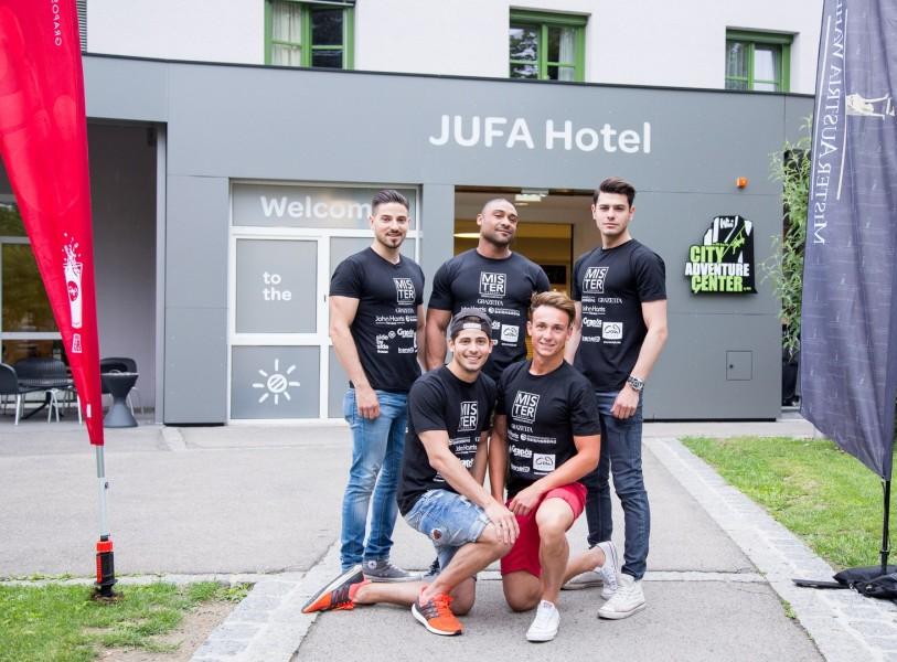 Team Burgenland, stehend: S. Munar, C. Znidaric und P. Puchegger. Sitzend: F. Sulyok und D. Scheibstock (Foto Mister Austria)