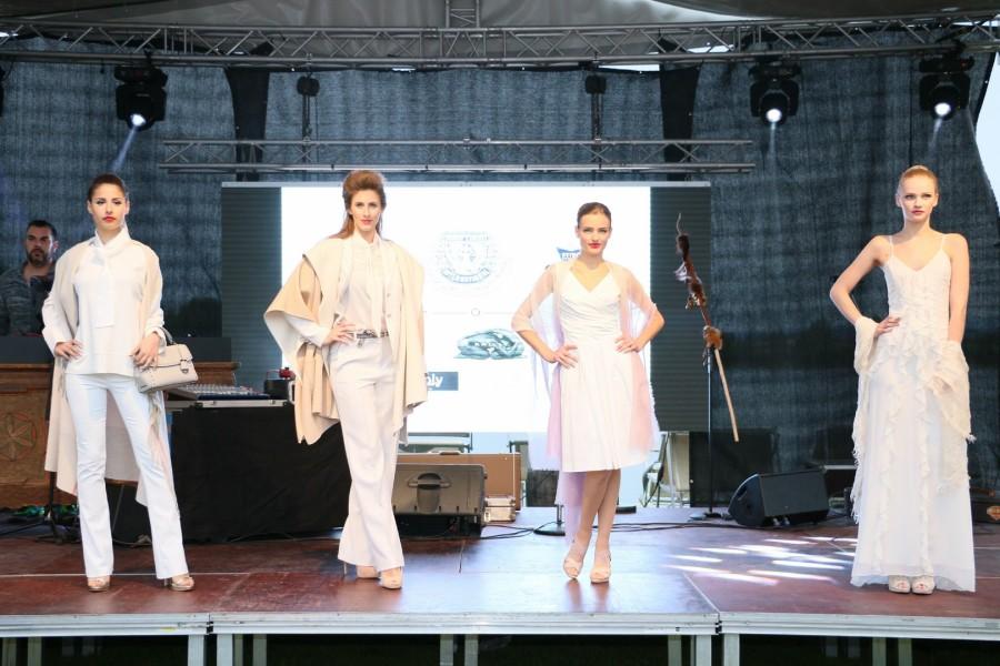 Charity Modenschau mit sportlich-eleganter Fashion aus dem Kresnik Woman Store Leibnitz (Foto Alex Feyh)