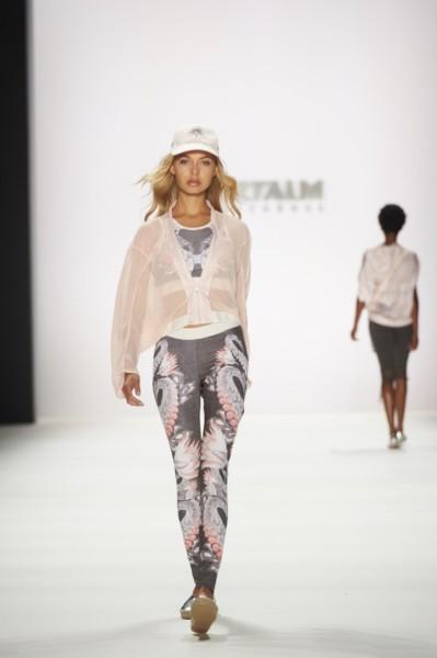 Die Fashion Kollektion von SPORTALM, die es seit 2004 gibt und für die Chefdesignerin Ulli Ehrlich federführend verantwortlich ist, ergänzt das Angebot des Tiroler Bekleidungsunternehmen (Foto SPORTALM)