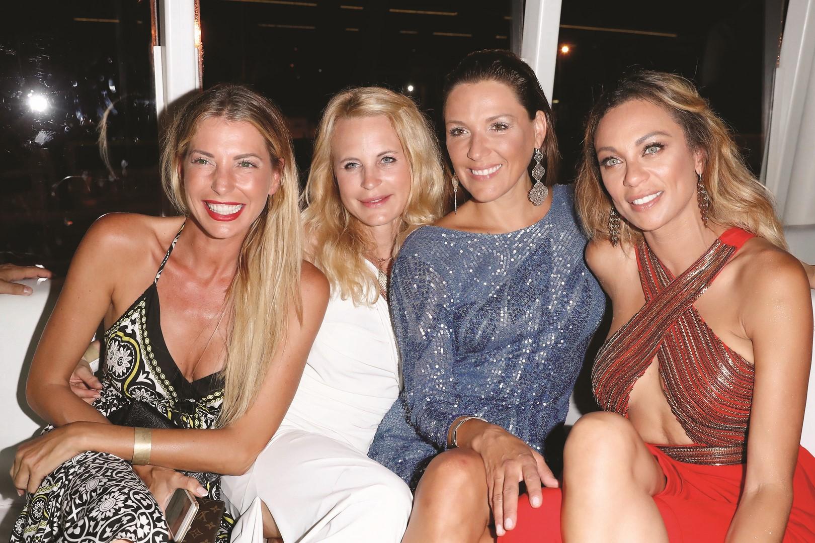 Remus Lifestyle Night Gäste: Giulia Siegel, Sonja Kiefer, Simone Ballack and Lilly Becker (Photo by Franziska Krug/Getty Images)