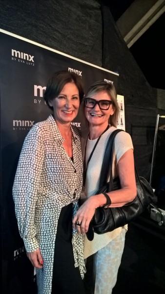 Ich durfte die unglaublich sympathische Designerin Eva Lutz auch diesmal vor der Show backstage besuchen.