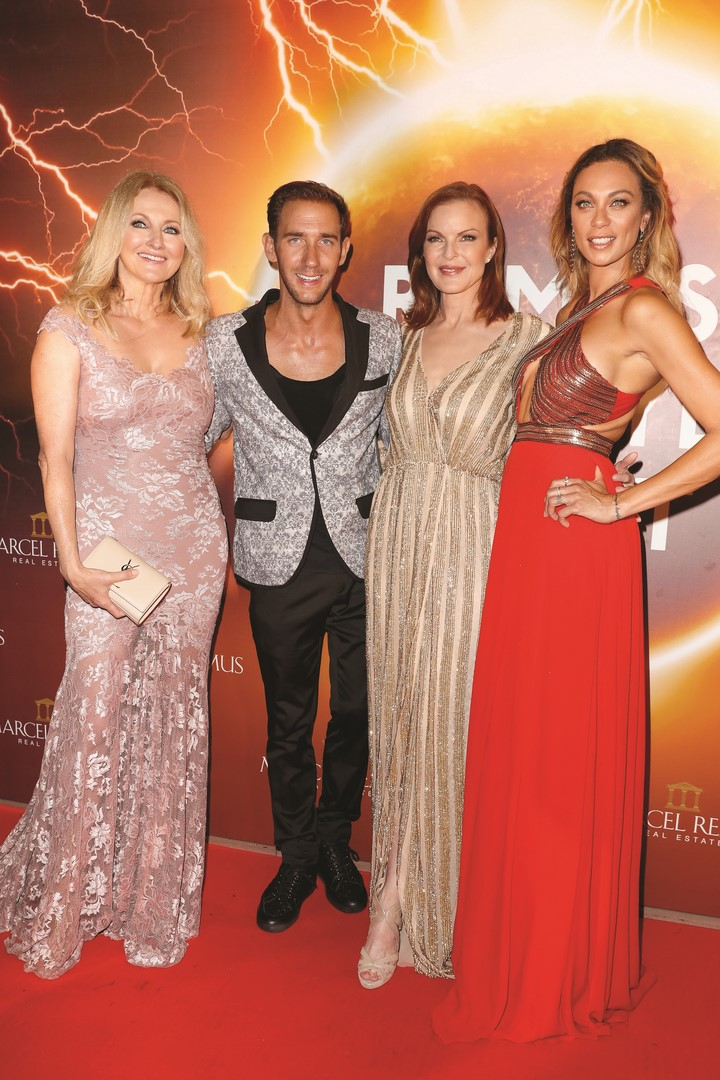Marcel Remus mit einigen seiner Stargäste: Frauke Ludowig, Marcia Cross und Lilly Becker (Photo by Franziska Krug/Getty Images)