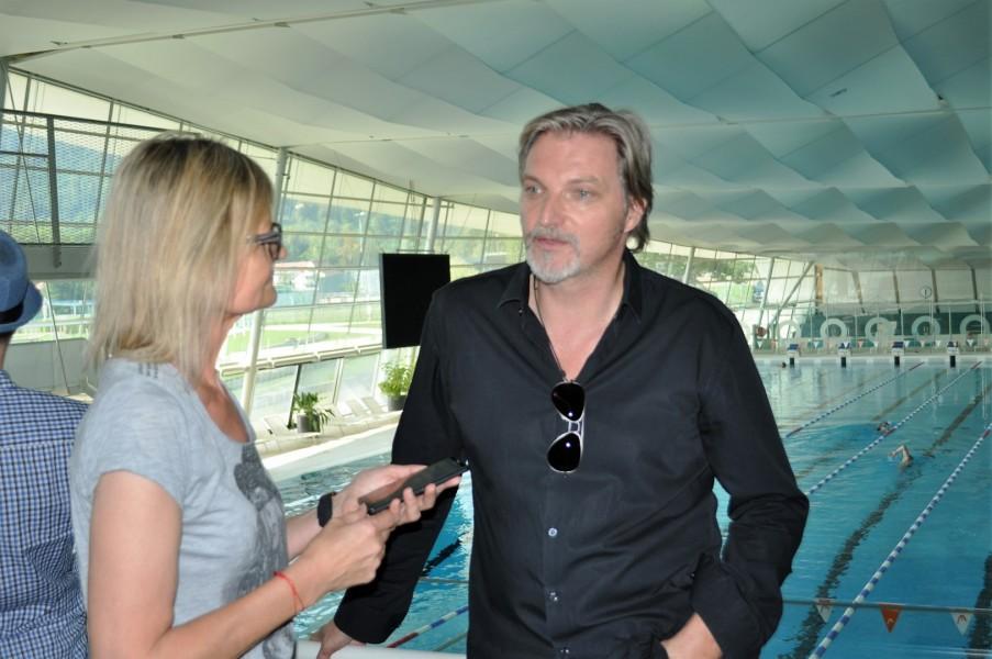 Interview von Hedi Grager mit Schauspieler und Musiker Stefan Jürgens beim Setbesuch von SOKO Donau in der Grazer 'Auster' (Foto Reinhard Sudy)