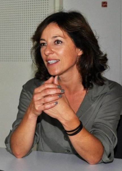 Julia Cencig ist ein großer Fan von Coaching und hat das im Vorfeld zur Vorbereitung auf ihre Rolle der Kommissarin intensiv gemacht (Foto Reinhard Sudy)