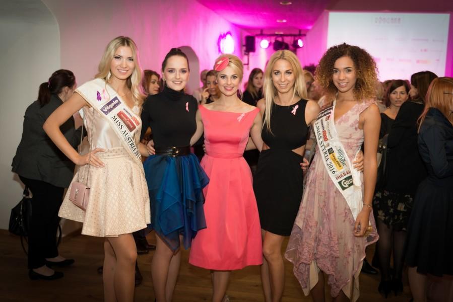 Die amtierende Miss Austria Dragana Stankovic, Designerin Eva Poleschinski, Moderatorin Silvia Schneider, Charity-Initiatorin & Tänzerin Yvonne Rueff und Vize Miss Steiermark Allegra Bell (Foto Felix Werinos)