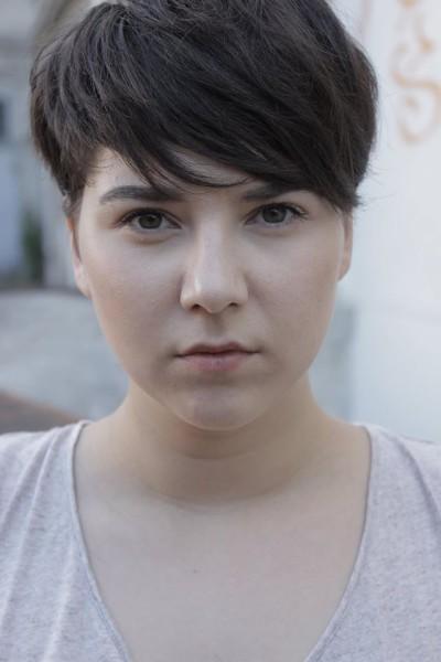 """Brigitta Kanyaro hat Verwandte in Rumänien, wo sie und Mario Canedo Teile ihres Filmes drehen wollen. """"Meine Tante ist Filmproduzentin und mein Onkel ist Cutter"""", erzählt die Schauspielerin (Foto Mario Canedo)"""
