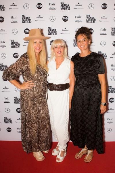 Creative Headz bei der Opening Show der MQ VIENNA FASHION WEEK: Elvyra Geyer, Zigi Mueller-Matyas und Maria Oberfrank (Foto Stefan Wolf)