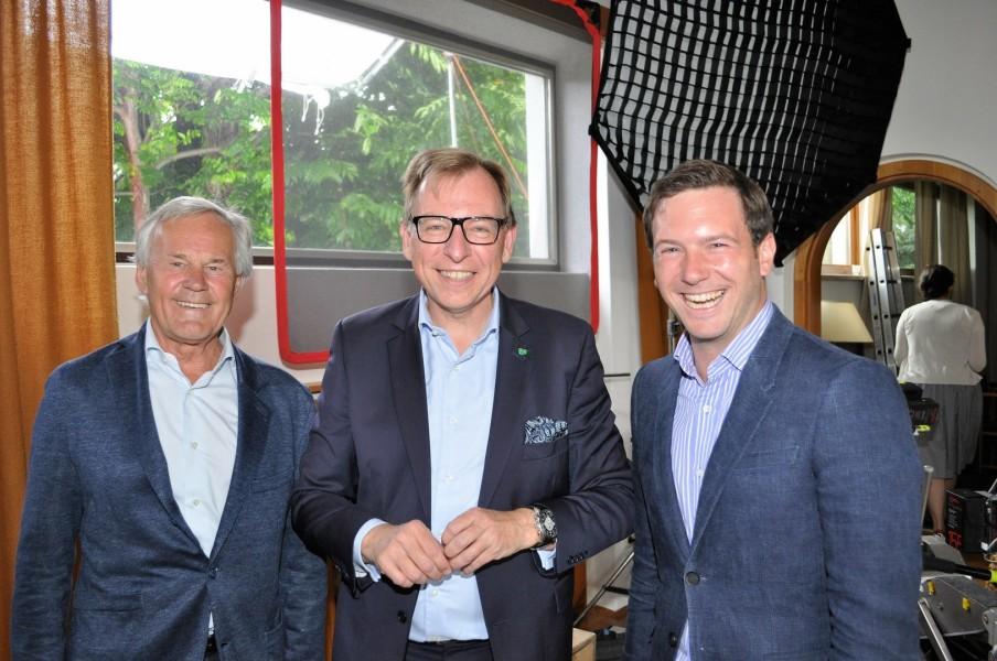 Dieter und Jakob Pochlatko mit Landesrat Dr. Christian Buchmann (Foto Reinhard Sudy)