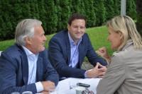 Hedi Grager im Gespräch mit Dieter und Jakob Pochlatko - epo film (Foto Reinhard Sudy)