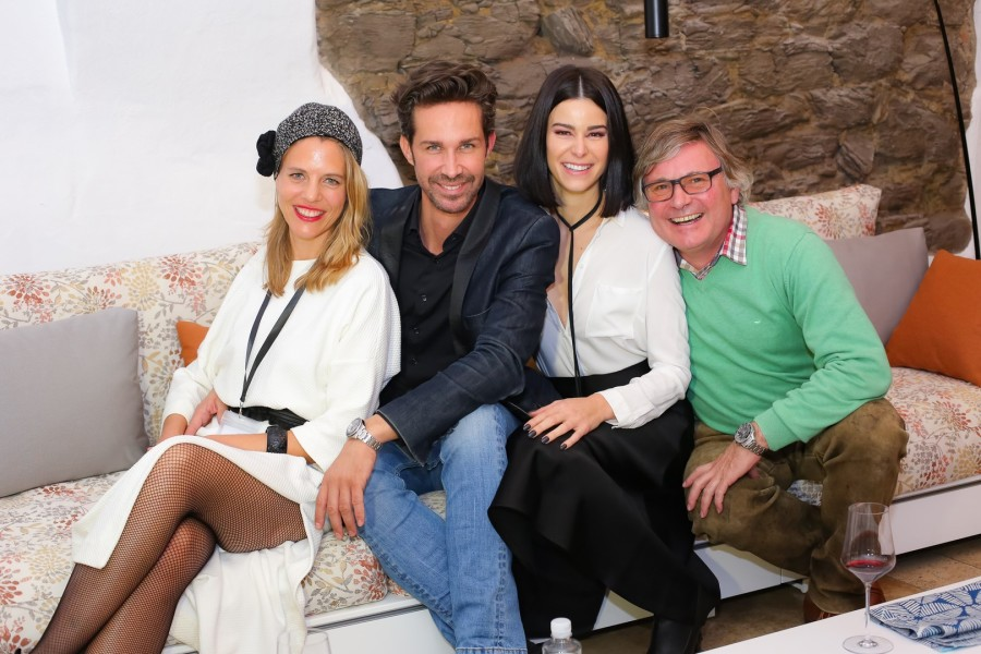 Viteo Managing Director Susanne Gold, STYLE UP YOUR LIFE! Fashion Magazin Herausgeber Michael Lameraner, Top Model Kerstin Lechner und Top Winzer Walter Polz (Foto Moni Fellner)
