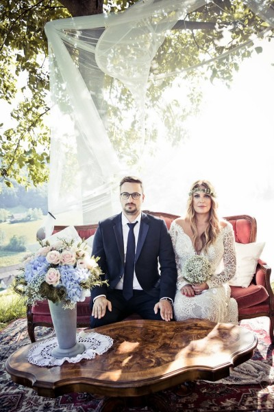 """ANDY WOLF Eyewear Designerin und CEO Katharina Plattner sagt heuer """"JA"""" zu ihrem Christian(Foto ANDY WOLF)"""