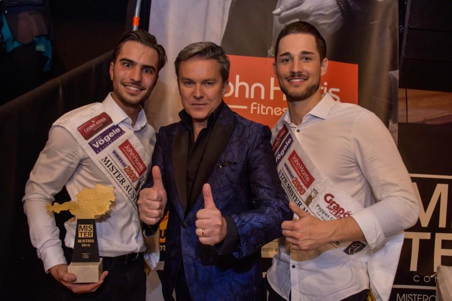 Mister Austria 2016 Philipp Rafetseder, Moderator Alfons Haider und Vize Mister Austria 2016 Marc Sixt (Foto Mister Company/Pail)