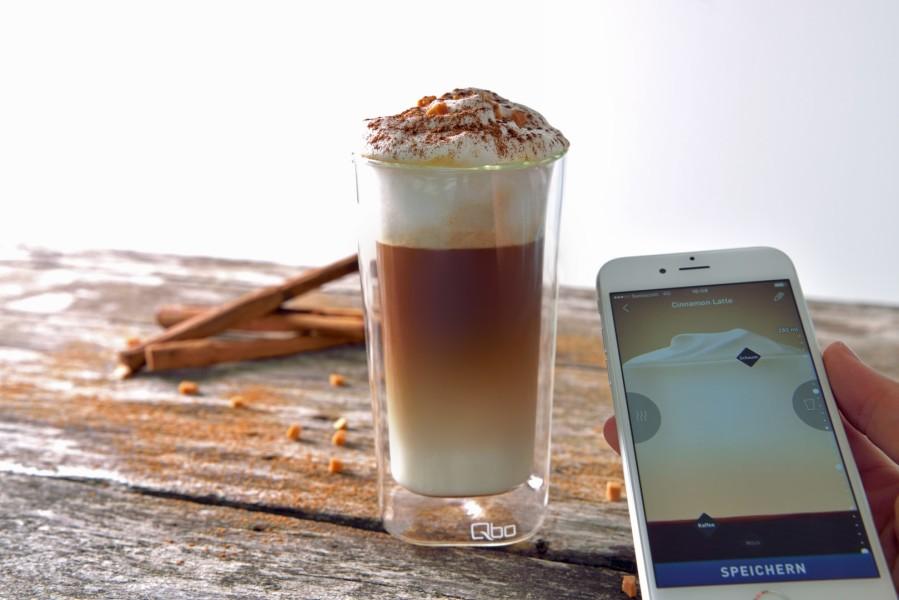 Mit der Qbo-App kreiert man seinen eigenen Lieblings-Qbo, speichert ihn ab und hat ihn dann für jede andere Qbo-Maschine dabei - egal ob daheim, bei Freunden oder im Büro (Foto Qbo)