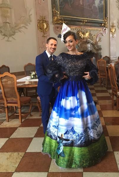 Designer Aviad Arik Herman designte ein spektakuläres National Costume für Dajana Dzinic. Geshootet wurde im schönen Salzburger Schloss Leopoldskron (Foto MAC)