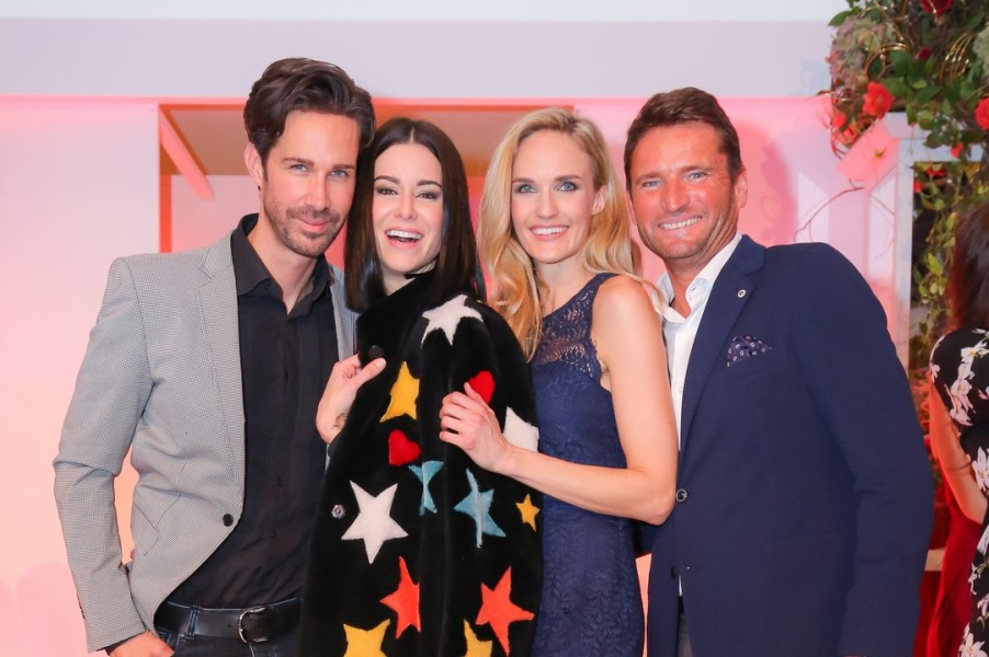 Michael Lameraner, Model Kerstin Lechner, Markus Oberhamberger, Brandboxx-Geschäftsführer, und Model Patricia Kaiser (Foto Moni Fellner)