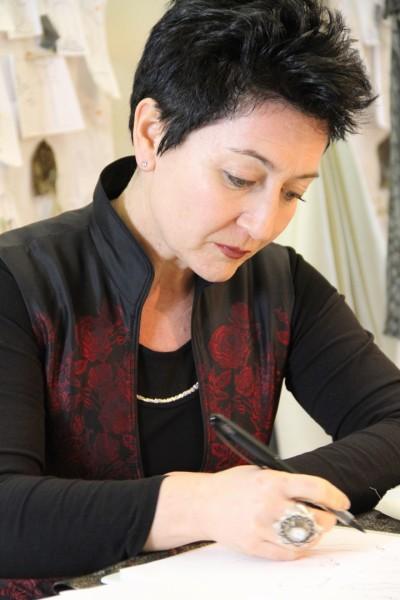 Am 15. März launcht Aniko die neue interaktive Homepage während der French Fashion Week in ihrem Wiener Atelier im ersten Bezirk (Foto beigestellt)