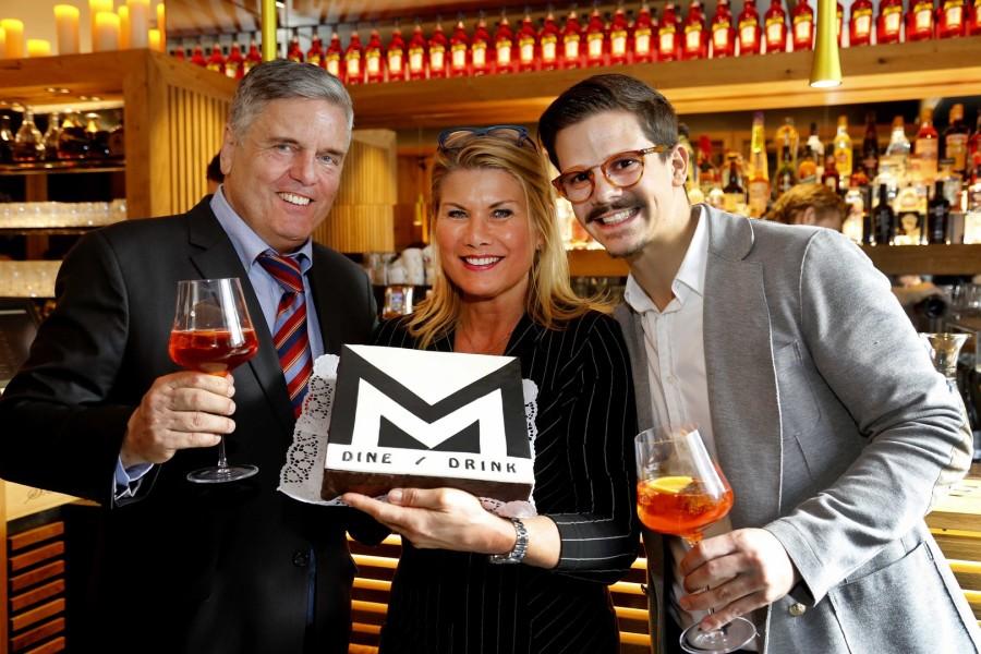 Günter und Beata Ganster, hier mit Betriebsleiter Mateo Krispl, verhalfen dem MM zu neuem Glanz (Foto Manfred Lach)