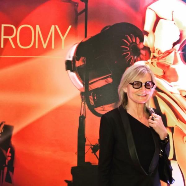 """Journalistin und Bloggerin Hedi Grager bei der Verleihung der ROMY Akademiepreise im Wiener Grand Hotel. Kurier-Geschäftsführer Thomas Kralinger betonte bei der Frage 'Warum ROMY?"""" die oft unterschätzte Wirtschaftskraft der Film-Branche, die jährlich einen Umsatz von einer Milliarde Euro erziele und 8000 Mitarbeiter beschäftige (Foto privat)"""