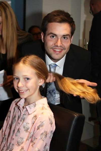 Auch Kinder spendeten ihre wundervollen Haare um zu helfen (Foto Fotostudio Sima)