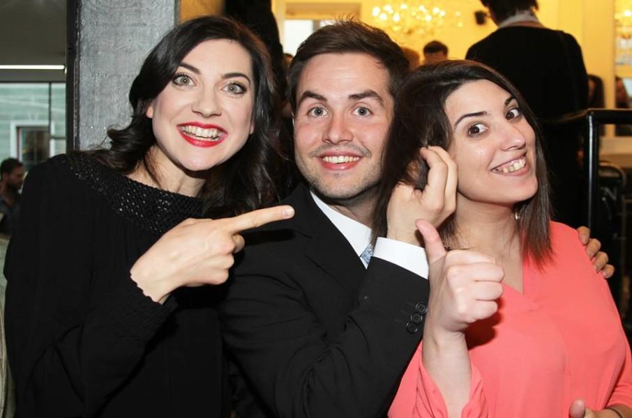 Schauspielerin Sophia Grabner, Marcel Resch und Grabner´s Schwester ließ auch Haare fallen ... (Foto Fotostudio Sima)