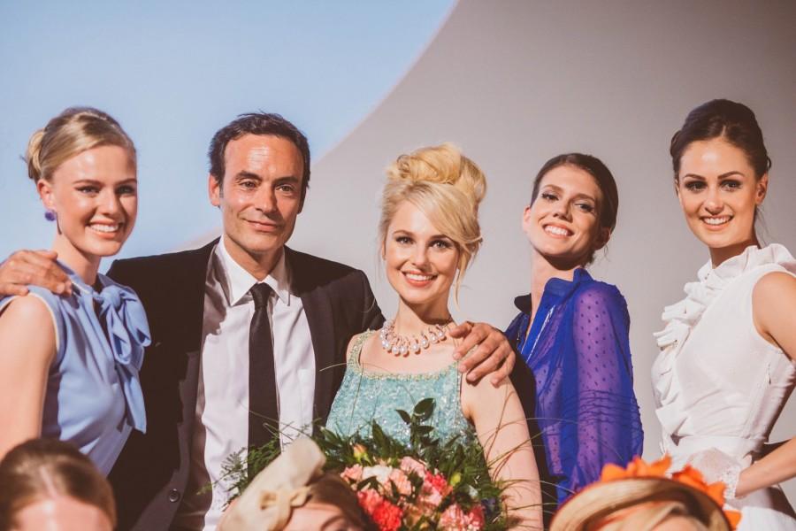 Mit Star-Gast Anthony Delon, Sohn von Schauspieler-Legende und Romy-Schneider-Liebe Alain Delon, shootete Silvia Schneider ihre Kollektion in Wien (Foto Jenni Koller)
