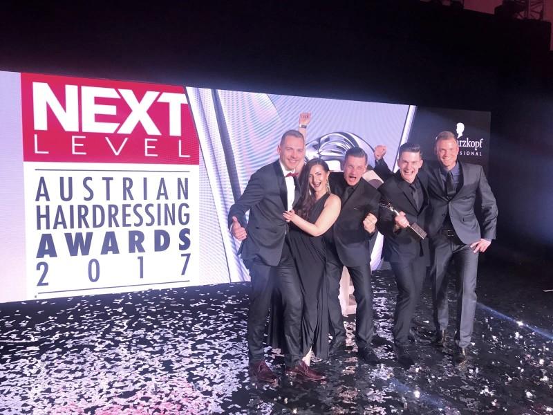 Das Gewinner-Team WildWuchs Xcessive bei den Hairdressing Awards 2017 (Foto Prontolux)