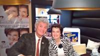 Eis-König Charly Temmel und Schlagerstar Monika Martin präsentierten im Grazer Opern Cafe das Monika-Martin-Eis (Foto Hedi Grager)