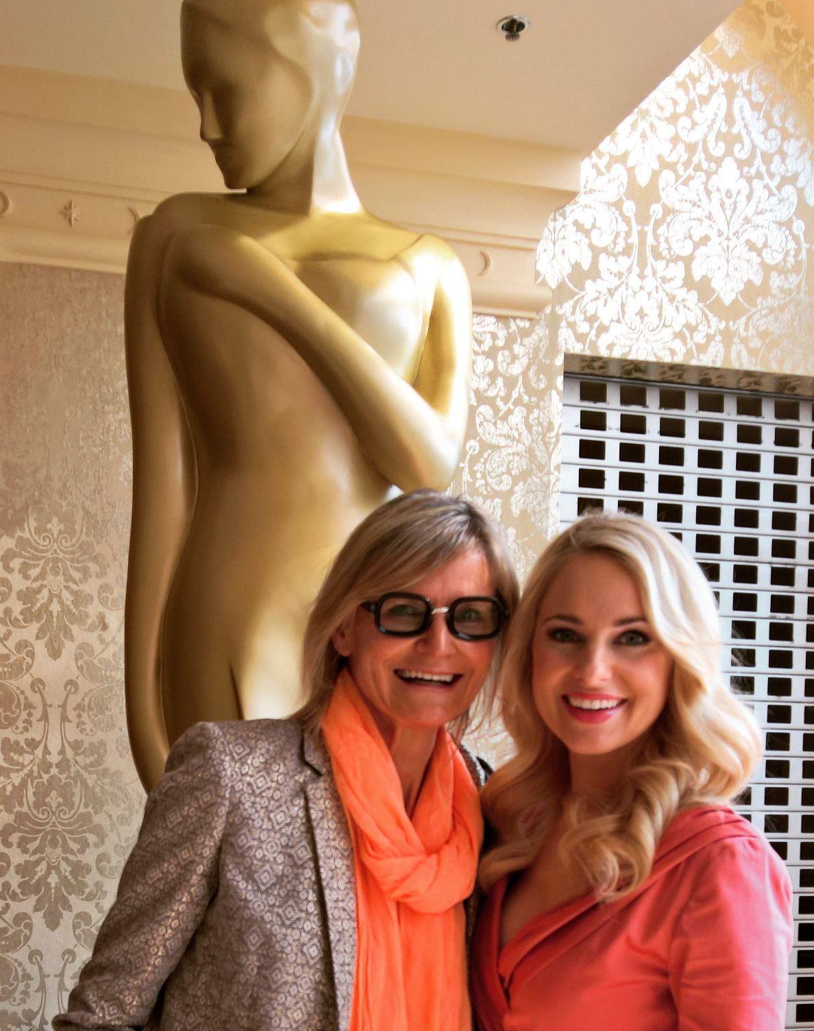 Silvia Schneider, hier mit Journalistin/Bloggerin Hedi Grager, wurde heuer für eine ROMY nominiert (Foto privat)