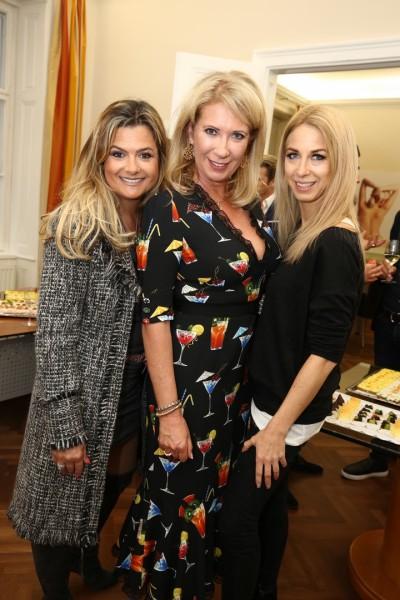 Unternehmerin Andrea Bocan, Schwarzl Klinik Geschäftsführerin Grete Umschaden und Charity-Lady Yvonne Rueff genossen den Abend (Foto Moni Fellner)