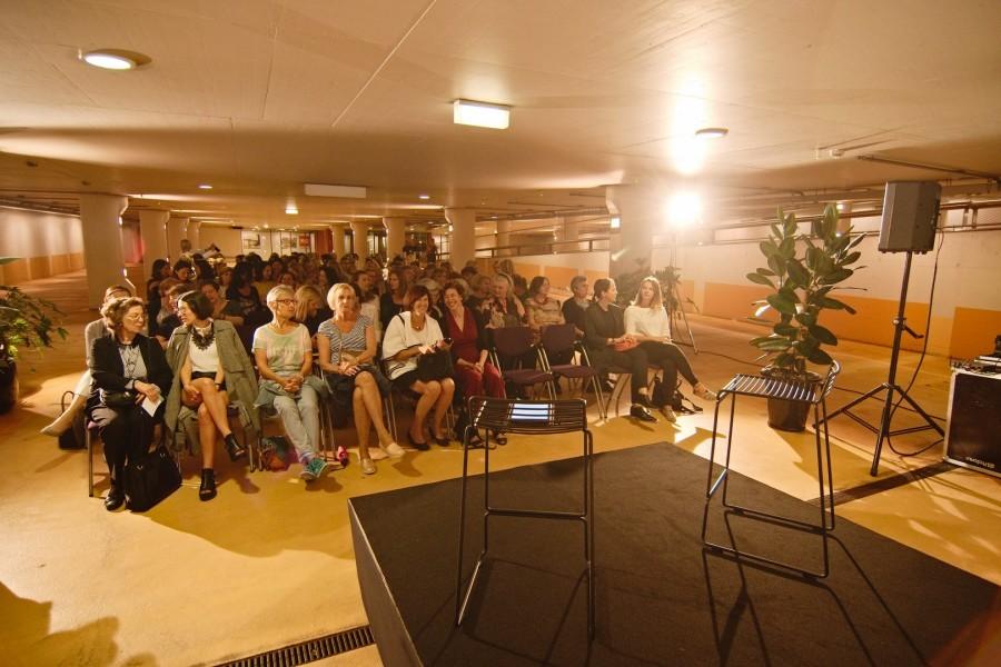 """Der Abend-Event """"Der Kaiserin neue Kleider"""" im Rahmen von grazERZÄHLT begann in der Tiefgarage, am tiefsten Punkt des international bekannten Kaufhauses Kastner & Öhler (Foto Bernd Gruber)"""