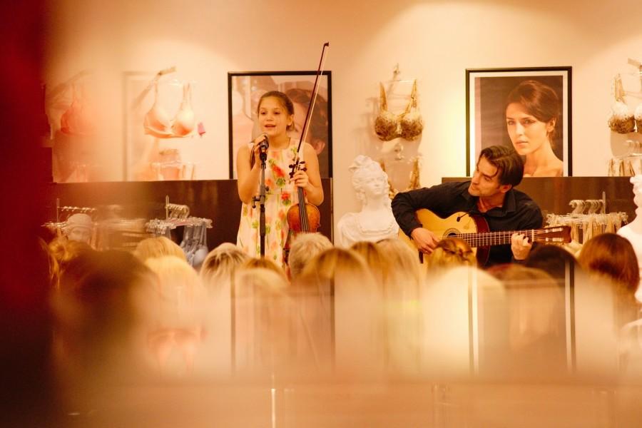'Wunderkind' Allegra Tinnefeld begeisterte das Publikum von grazERZÄHLT und bekam Standing Ovations (Foto Bernd Gruber)