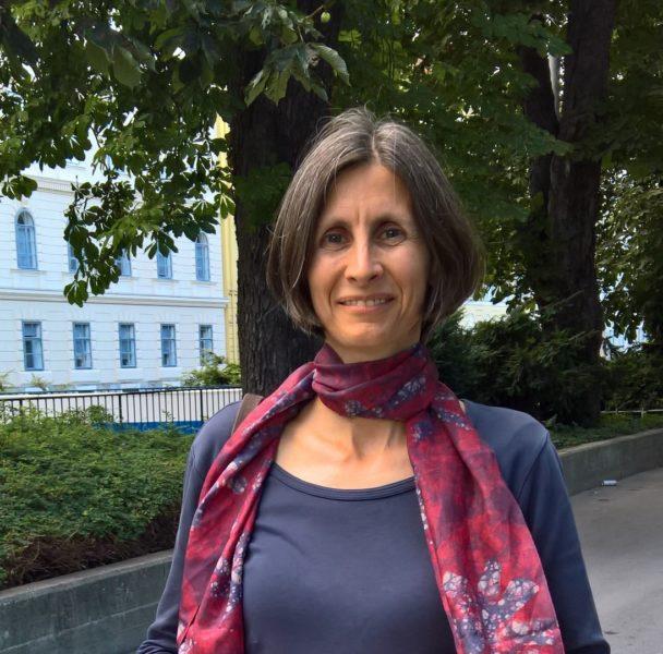 """Probleme als Frau in einer Führungsposition in einem technischen Umfeld kennt DI Sabine Wagner keine. """"Mir geht es sehr gut damit"""", lacht sie (Foto Hedi Grager)"""