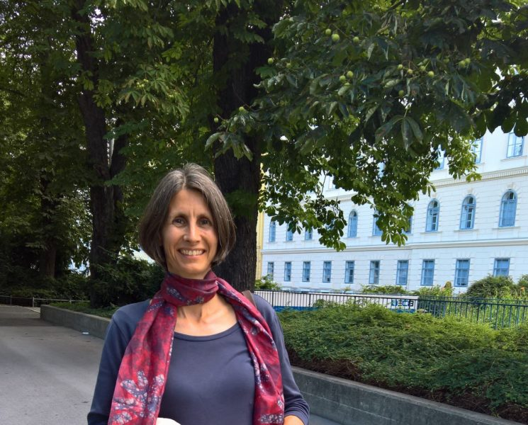 Privat geht DI Sabine Wagner sehr gerne wandern und liebt es zu musizieren (Foto Hedi Grager)