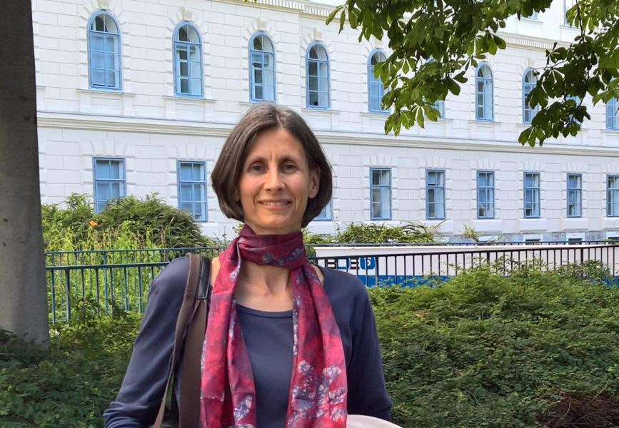 """DI Sabine Wagner: """"Wir bauen ein neues Werk in Bosnien und da bin ich stark eingebunden. Ich freue mich wirklich sehr, dass ich da ein paar Erfahrungen einbringen kann."""" (Foto Hedi Grager)"""