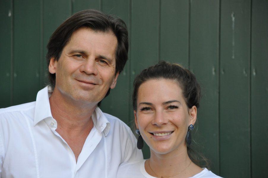 Hinter dem österreichischen Mützen-Label steht ein attraktives Paar: Christian und Alyssa Schwarz – Vater und Tochter (Foto Reinhard Sudy)