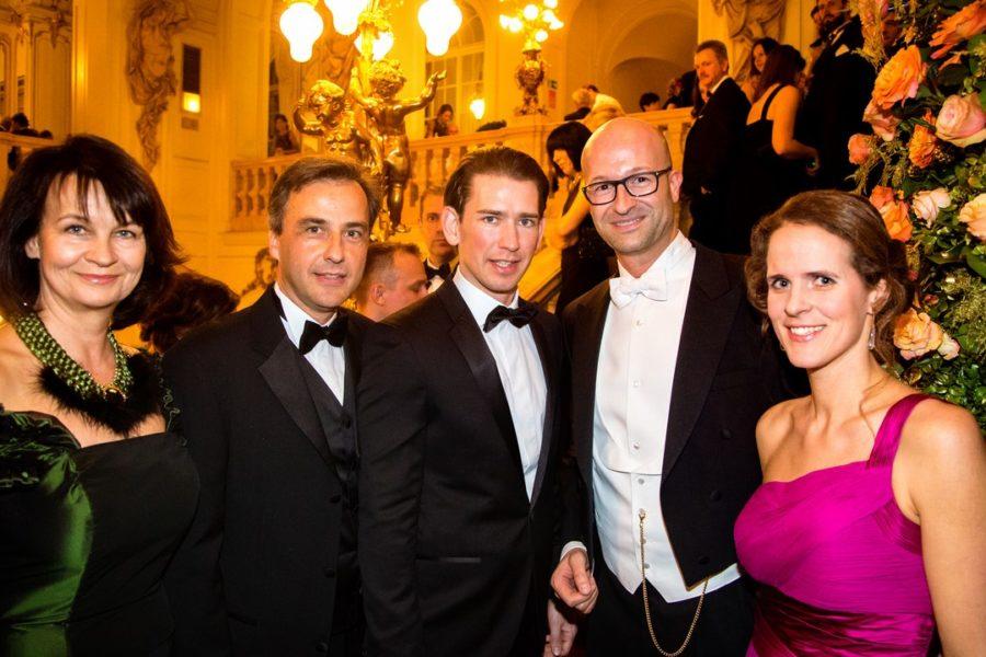 Andrea und Bürgermeister Siegfried Nagl, Minister Sebastian Kurz, Organisator Bernd Pürcher und Intendantin Nora Schmid (Foto Schulz)