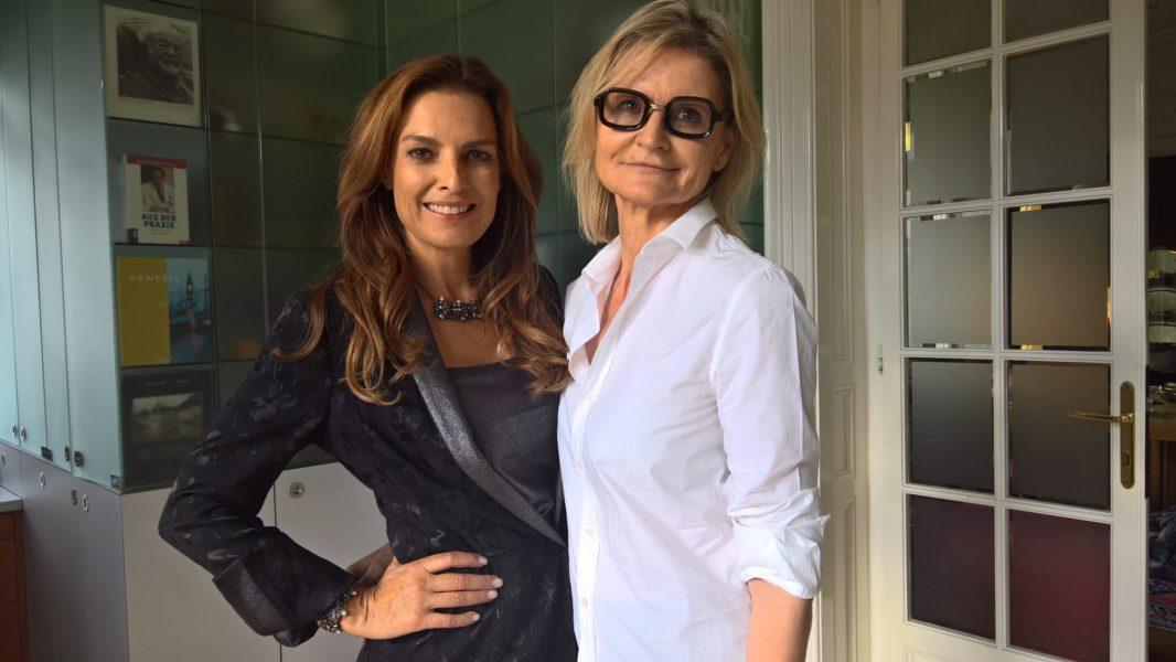 Während des Shootings für ihre neue Abend-Kollektion für Jones nahm sich Bettina Assinger Zeit für ein kurzes Interview (Foto privat)