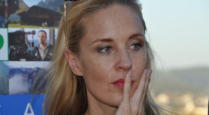 Lilian Klebow als Penny Lanz bei der SOKO Donau
