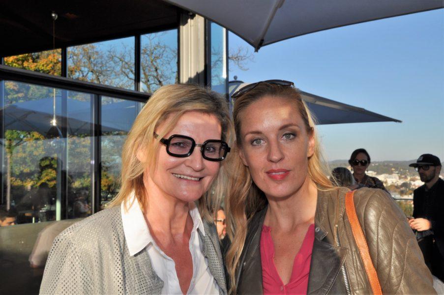 Ich treffe die sympathische Schauspielerin Lilian Klebow während eines Setbesuches im Aiola am Grazer Schlossberg (Foto Reinhard Sudy)