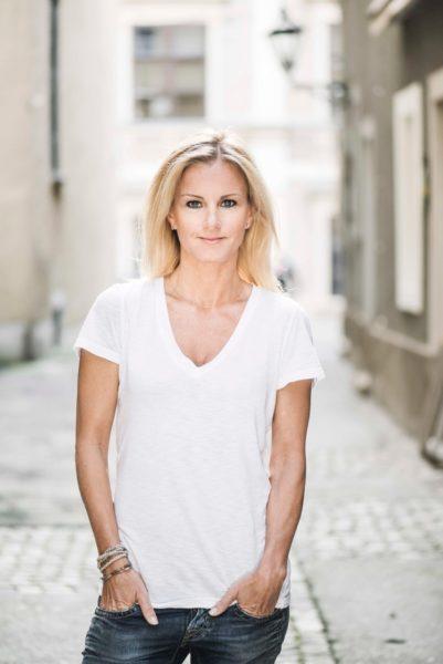 Cornelia Pichler hat ein Englisch- und Spanischstudium absolviert, leitete mit ihrem Mann ein Möbeldesign-Unternehmen, ist Mitbegründerin der Frauenplattform womanly und widmet sich seit 2010 vor allem dem Schreiben (Foto privat)