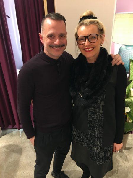 Auf den Berliner Fashion Shows trifft die Fluencerin Roselinde Friedrich auch die deutschen Designer Talbot und Runhof (Foto privat)