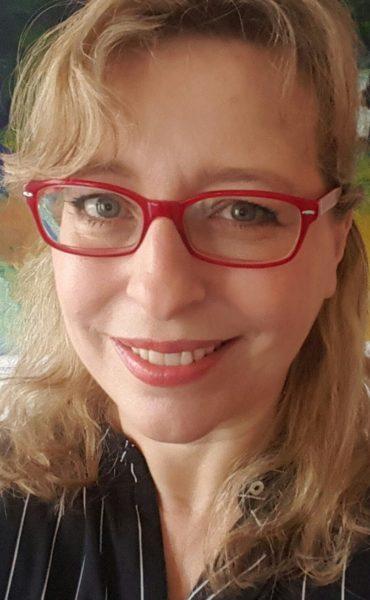 """Stella Fürst freut sich im nächsten Jahr """"auf den Österreichischen Filmpreis 2018, wo Lukas Miko für die Beste Nebenrolle nominiert ist, und meine Reise nach Berlin zur Berlinale 2018. (Foto privat)"""