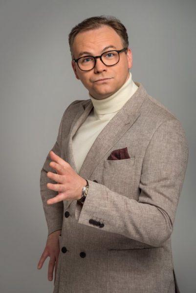 Thomas Stipsits als der Neue spielt den Scheidungsanwalt Dr. Rudi Bragana (Foto ORF/Thomas Ramstorfer)
