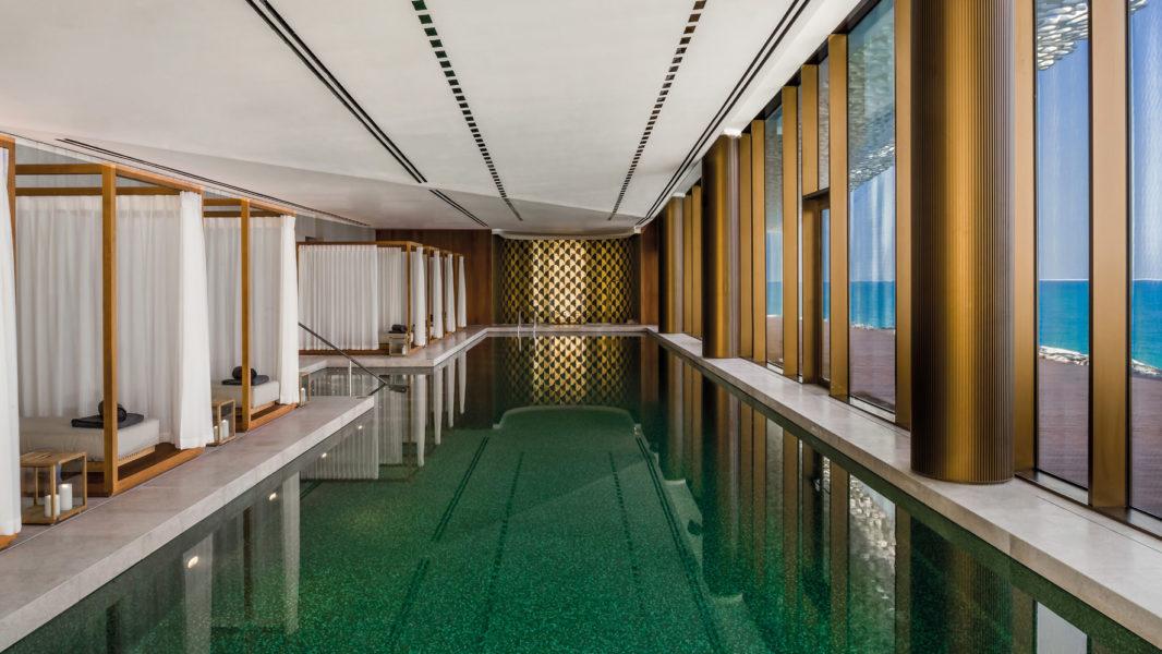 """Zum Relaxen lädt der großzügig angelegte """"Bulgari Spa"""" mit Indoor Pool ein (Foto Bulgari)"""