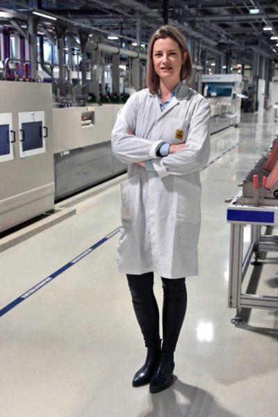 Beate Sudy studierte technische Chemie an der Technischen Universität Graz und ist jetzt Leiterin des Chemielabors der Abteilung Quality von AT&S (Foto AT&S).