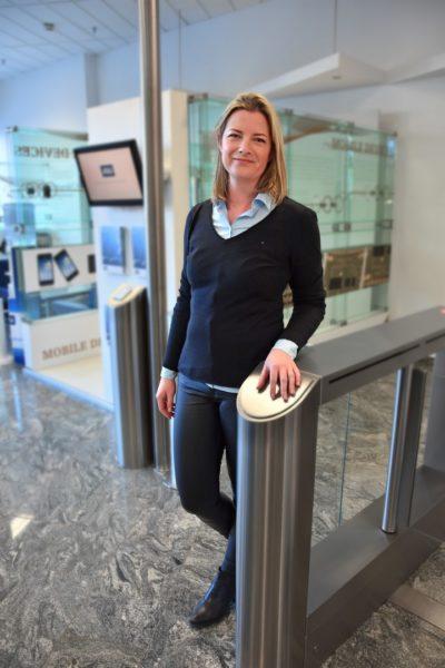 Als Leiterin des Chemielabors der Abteilung Quality bei AT&S hat Beate Sudy die Verantwortung für 19 Mitarbeiter, die sie sehr ernst nimmt (Foto AT&S)