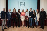 """Marina Hoermanseder begeisterte mit einigen ihrer Austria's Next Topmodels"""" Fürstenfeld (Foto Raphael Riener)"""